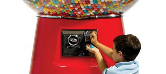 how many gumballs fit in a gumball machine