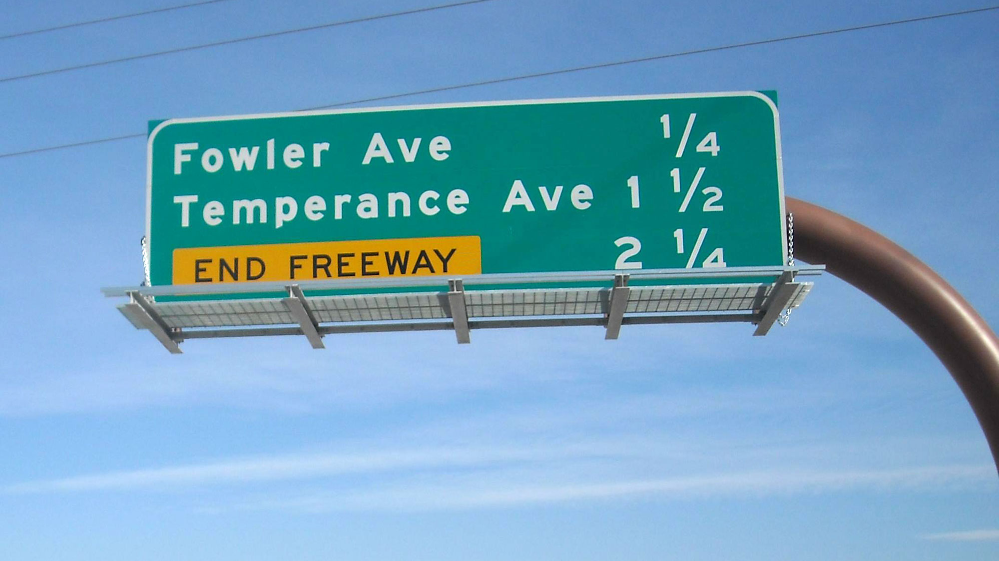 how far apart are the freeway exits